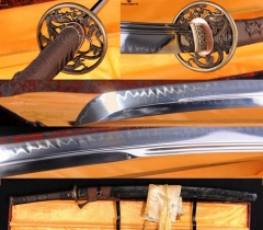 Top Quality Japanese Samurai Sword KATANA Clay Tempered Razor Sharp Blade Dragon Tsuba Full Ray Skin Warp Saya